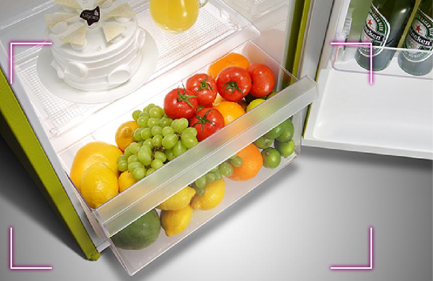 refrigerators_GN-Y200L_02_880x571