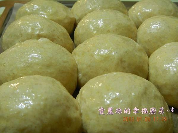 奶油乳酪小餐包 (2)