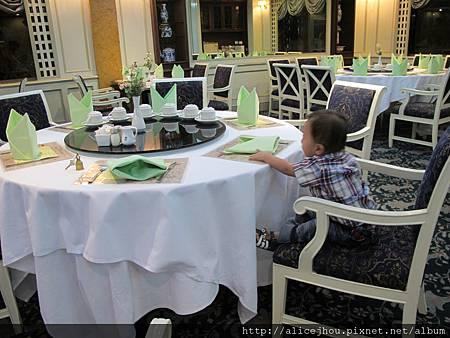 DAY1-住宿飯店Montien Hotel04