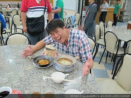 DAY2-吃燕窩魚翅大餐04