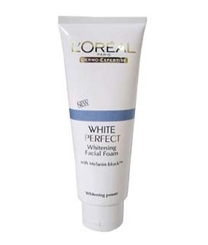 White Perfect Whitening Facial Foam (NT $149 / 100ml)