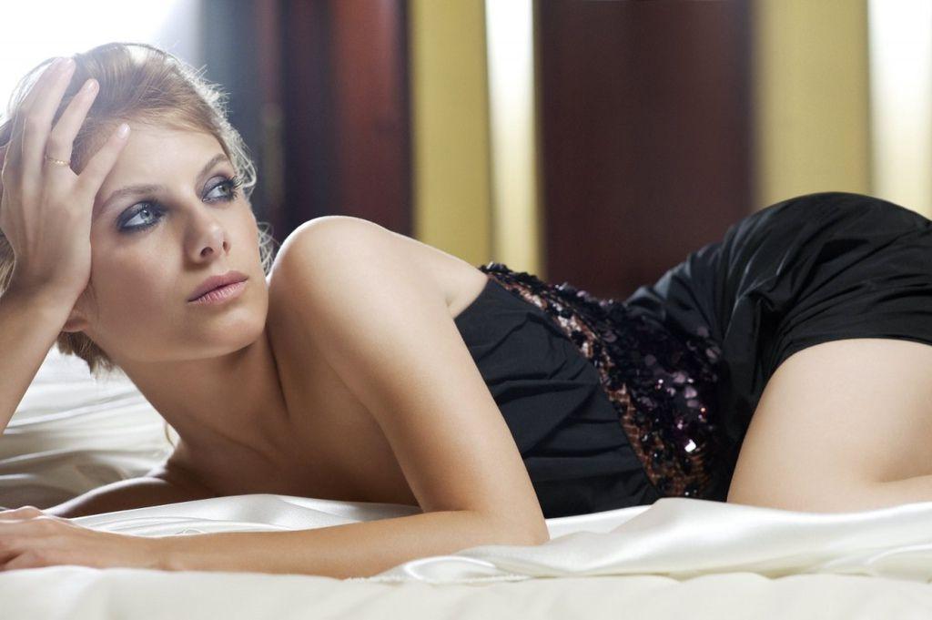 Melanie-Laurent-28.jpg