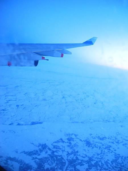 飛機下方式冰層ㄟ