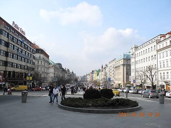 瓦茲拉夫廣場