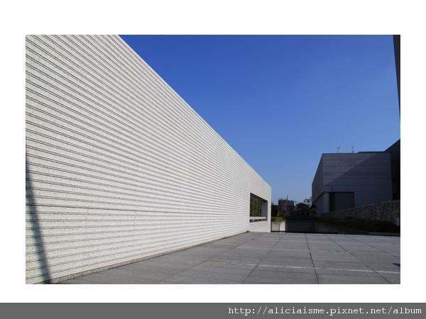 20101015_181708_現代美術館.jpg