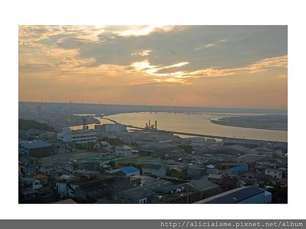 20110616_135353_利根川,銚子大橋及及銚子港塔之夕陽 (1).jpg