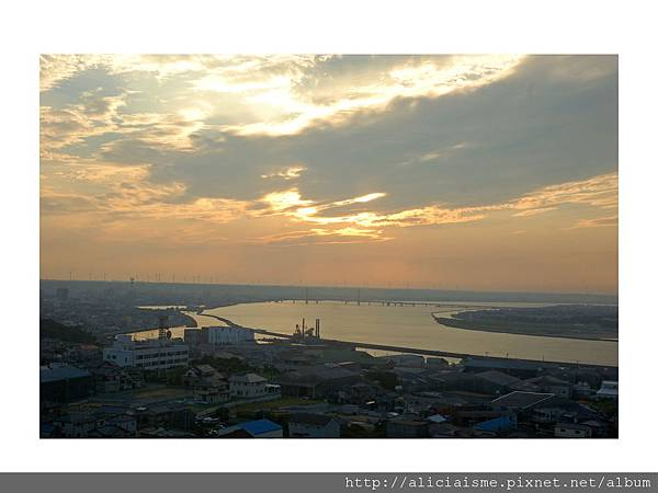 20110616_135438_利根川,銚子大橋及及銚子港塔之夕陽 (2).jpg