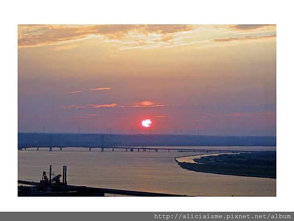 20110616_135556_利根川,銚子大橋及及銚子港塔之夕陽 (34).jpg