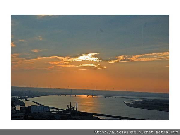 20110616_135707_利根川,銚子大橋及及銚子港塔之夕陽 (5).jpg