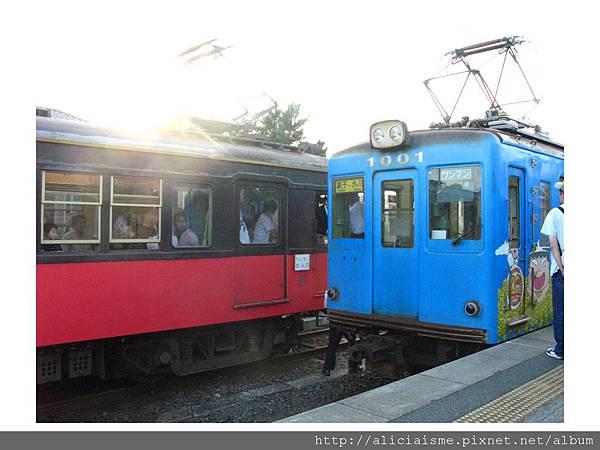 20110616_135754_唯一往返車會合的笠上黑生站.jpg