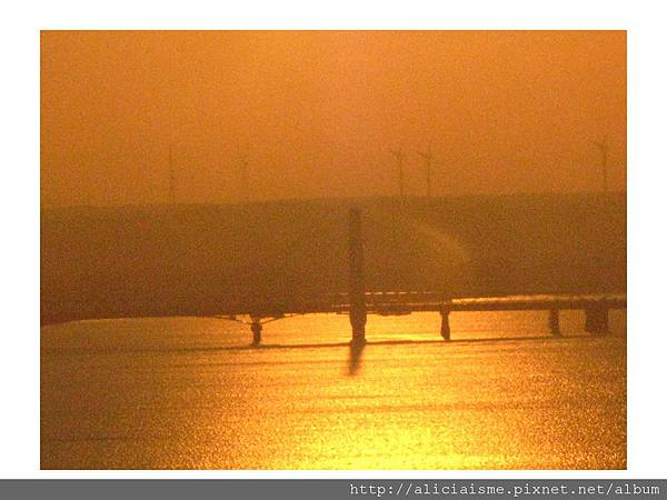 20110616_135854_銚子港塔夕陽及利根川及銚子大橋 (11).jpg