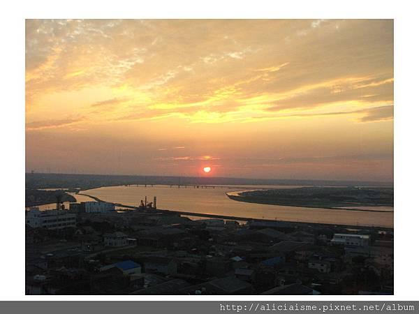 20110616_135947_銚子港塔夕陽及利根川及銚子大橋 (26).jpg