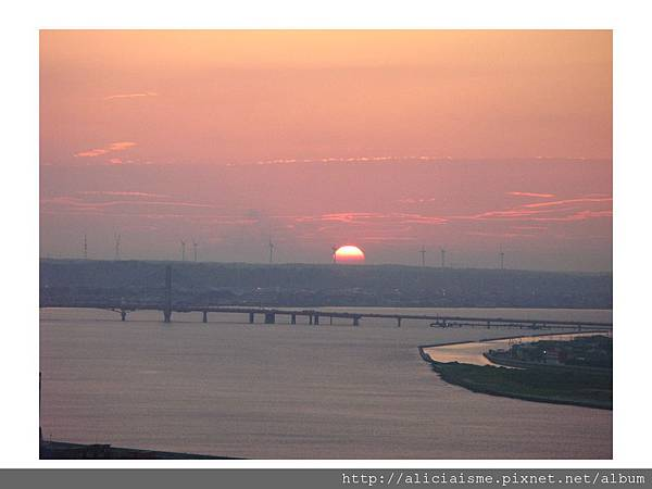 20110616_140021_銚子港塔夕陽及利根川及銚子大橋 (35).jpg
