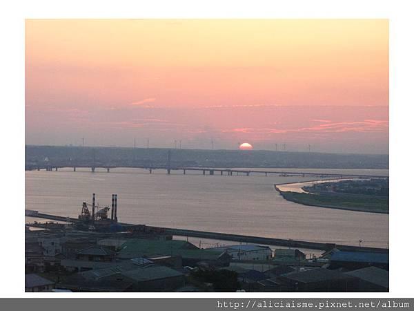 20110616_140025_銚子港塔夕陽及利根川及銚子大橋 (36).jpg