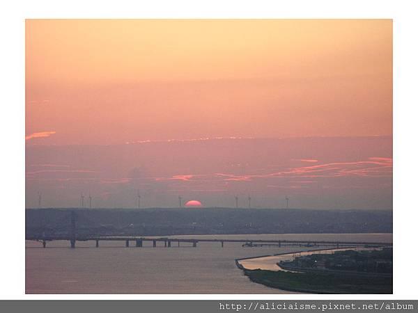 20110616_140028_銚子港塔夕陽及利根川及銚子大橋 (37).jpg