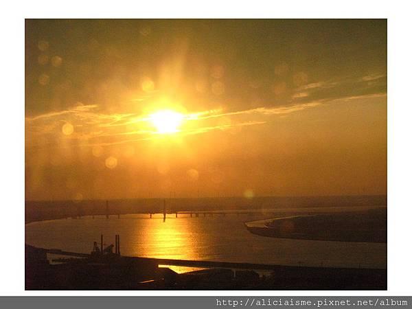 20110616_140052_銚子港塔夕陽及利根川及銚子大橋 (9).jpg