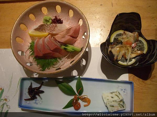 松葉川的晚餐 (1).JPG