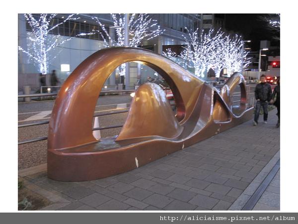 20101116_175429_六本木藝術街.jpg