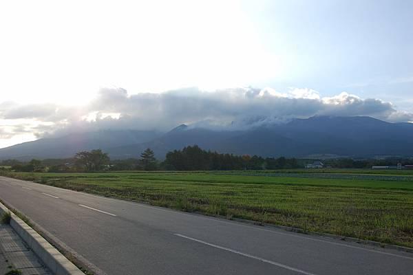 沿途風景 (1).JPG