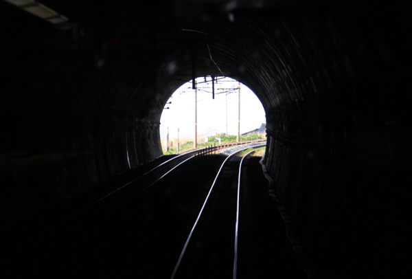 隧道.bmp