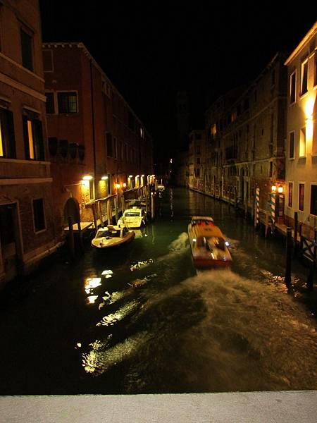夜的威尼斯-24