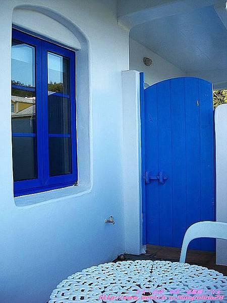 『夏豔之旅』墾丁住宿推薦  船帆石的藍與白世界 迦南美地