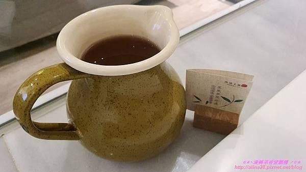『嘉義』桃城茶樣子