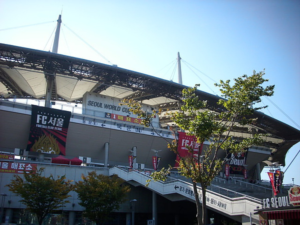 場地很大 設施很好的一個足球場