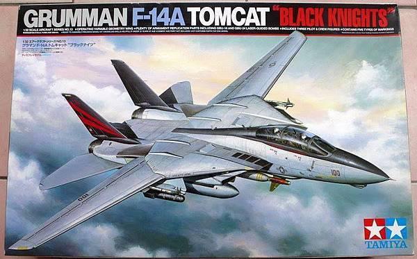 F-14A BLAVK KNIGHTS-32-T-01