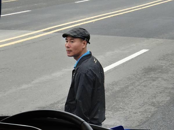 02-015.DSC04989 中國稱司機為駕駛師傅.JPG