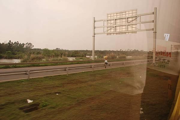 DSC_7552 快速道路.jpg