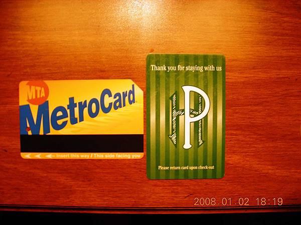 05001.DSCN2015 NY地鐵卡與飯店門卡.jpg
