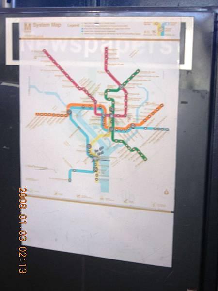 05014.DSCN2074 捷運系統與NY不同, 這圖跟台北捷運還蠻像的.jpg