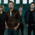 Need-For-Speed-Movie-Cast-Official-Photo-1024x574.jpg