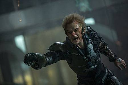 Dane-Dehaan-as-harry-osborn-green-goblin-the-amazing-spider-man-2.jpg