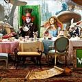 official-cinema-poster-alice-in-wonderland-2009-9603957-1440-720.jpg