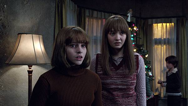 The-Conjuring-2-pic-32.jpg