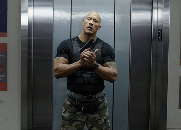 dwayne-johnson-centrall-intelligence-movie-image.jpg