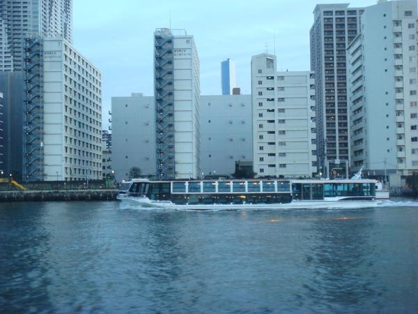 TOKYO60355.jpg