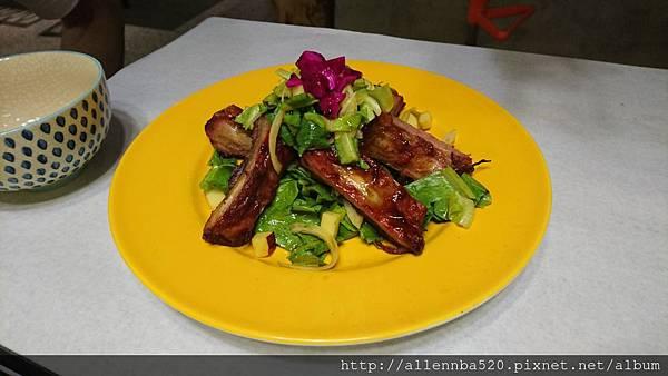 幹嘛餐酒館~西班牙料理x花東食材~豬肋排沙拉021