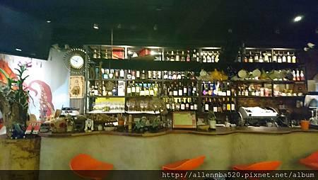 幹嘛餐酒館~西班牙料理x花東食材~櫃台002