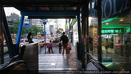 清酒日本料理餐廳@忠孝敦化美食Senn先酒肴-去先酒肴沿路風景002