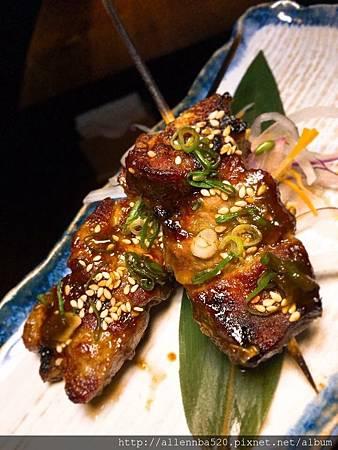 嘉義産自然豚醬燒豚肉串.jpg