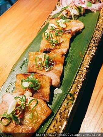 豚五花佐宜蘭香蔥辣味噌