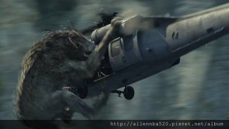 巨狼可怕的跳躍力