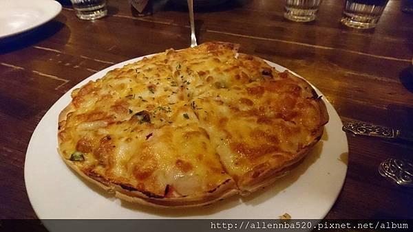 京站金色三麥_蝦仁鮭魚披薩