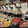 高雄岡山必吃餐廳   全家牛排館 CP值報表   自助熟食區