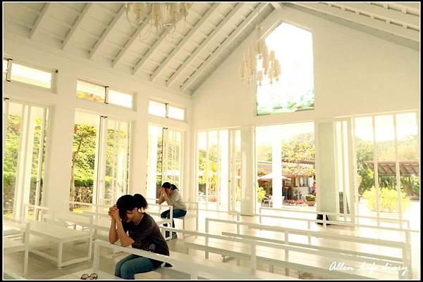 白色教堂7.jpg