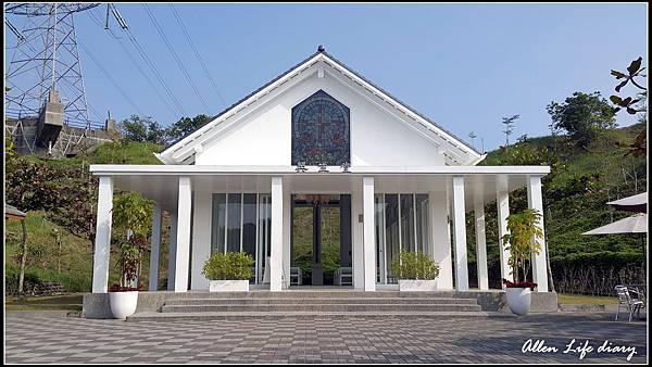 白色教堂16.jpg