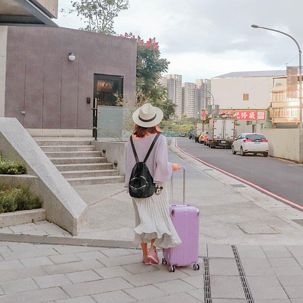 小胖箱推薦 23.5吋專為國內旅遊而生的行李箱紫 (13)